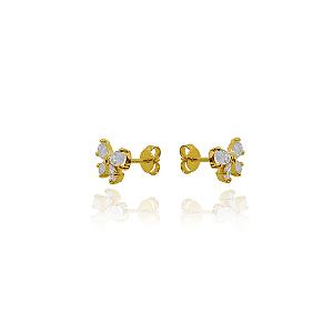 Brinco de laço cravejado com zirconias brancas em forma de gota e banhado em ouro 18k