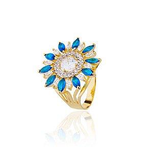 Anel semijoia flor cravejado com zircônias e navetes de cristais, banhado em ouro 18k