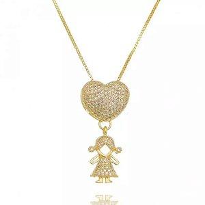 Colar Filha Coração com Zirconias Cristais Folheado em ouro 18K