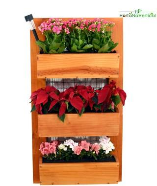 jardim-vertical-madeira-com-tela-3-vasos