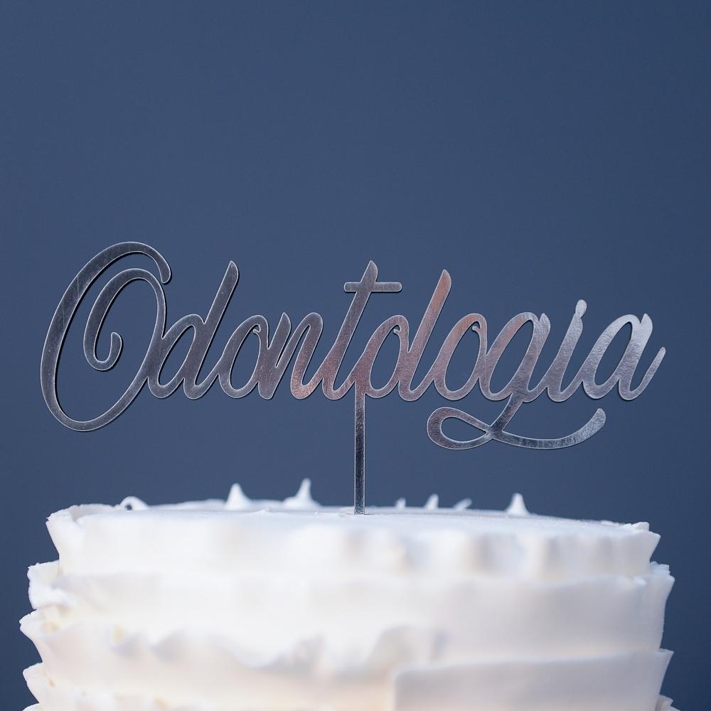 topo-bolo-formatura-odontologia