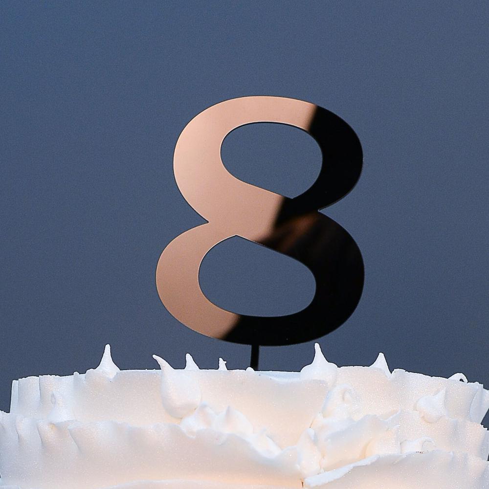 topo-bolo-numero-8