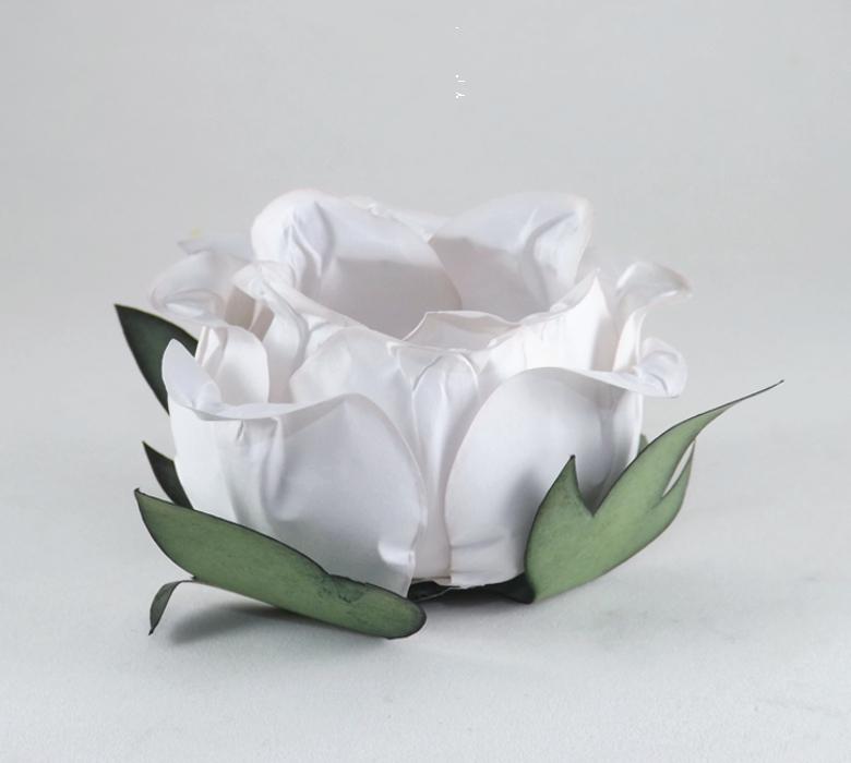 forminha-de-flor-botão-de-rosa-off-white
