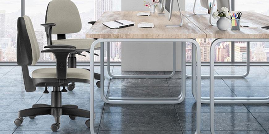 Ambiente de Escritório com Cadeira Frisokar Sky Executiva