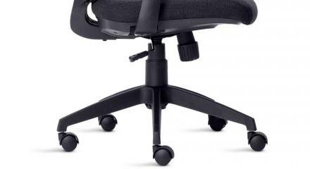Detalhe dos Braços da Cadeira Frisokar Aika Presidente
