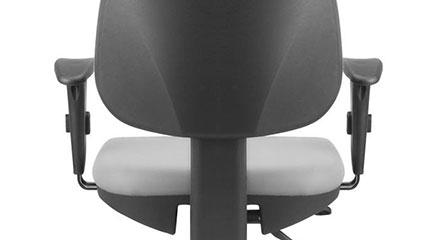 Detalhe da Base Giratória da Cadeira Frisokar Job Diretor