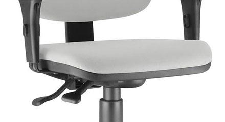 Detalhe do Mecanismo da Cadeira Frisokar Job Diretor