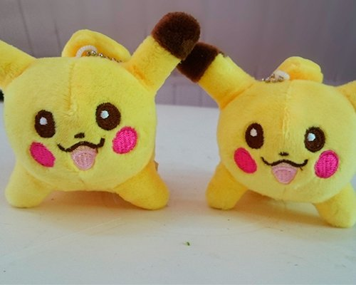 Chaveiro Pelúcia Pikachu 3