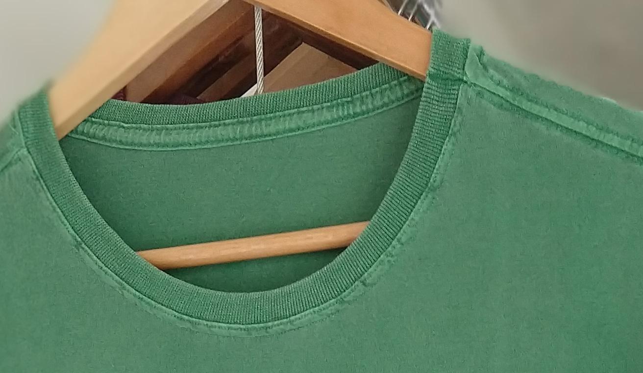 exemplo da Gola e parasuor das camisetas estonadas