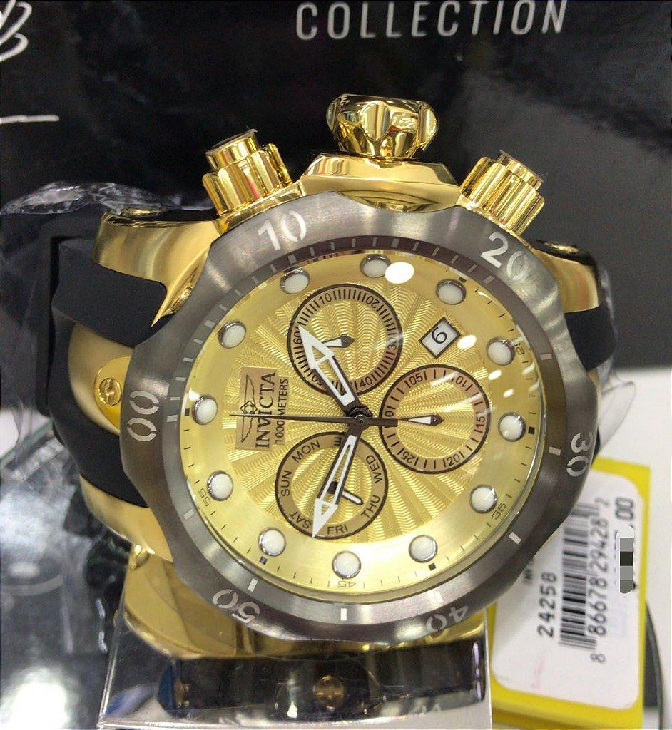 c6543ccfcf7 ... Relógio Invicta Venom 24258 Banhado a Ouro 18k Mostrador Dourado  Texturizado Cronógrafo Calendário Duplo - Imagem