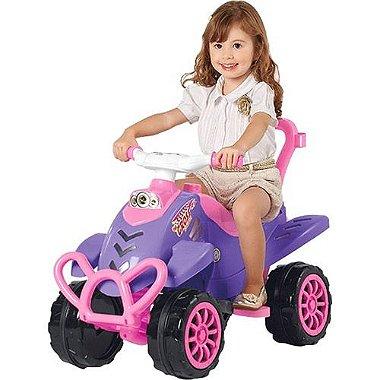 ad1dbfae2788e0 Carrinho de Passeio Infantil Pink 2 em 1 com Pedal Brinquedo Menina -  Calesita