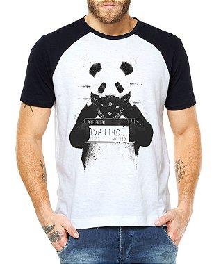 Camiseta Masculina Raglan Masculina Panda Preso Engraçadas Divertidas - Personalizadas / Customizadas / Estampadas / Camiseteria / Estamparia / Estampar / Personalizar / Customizar / Criar / Camisa Blusas Baratas Modelos Legais Loja Online