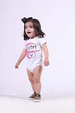 PAI E FILHA Kit Body + Camiseta Brancas Ctrl+C Ctrl+V ( Coleção Tal Pai Tal Filho ) EXG GG