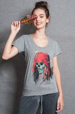 Camiseta Feminina - Capitão Jack