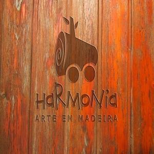 Harmonia arte em madeira