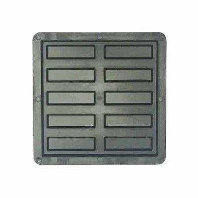 Forma Plástica de Piso Antiderrapante 10 Frisos 20x20x1,5cm - FP104