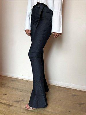 Calça Jeans Flare Walk - Santé Denim