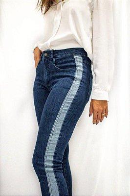 Calça Jeans Skinny Faixa Lateral - Braga - Santé Denim