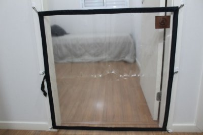 Dog Door Mabuu – Tela de Proteção para Portas - 90 cm x 90 cm - Preto