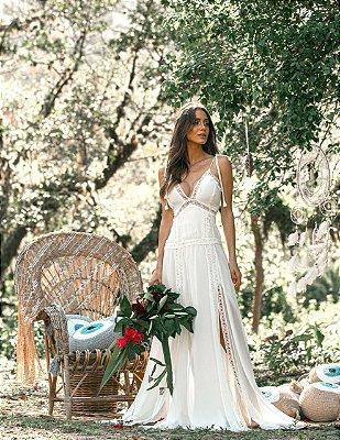 Vestido para pre wedding longo com fenda de amarrações nas alças