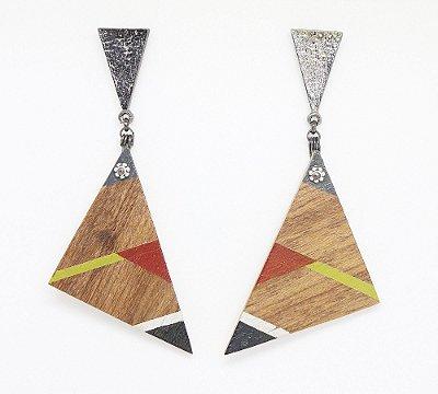 Brinco Madeira Triângulo