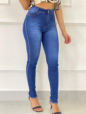 Calça Jeans Tradicional Barra Desfiada