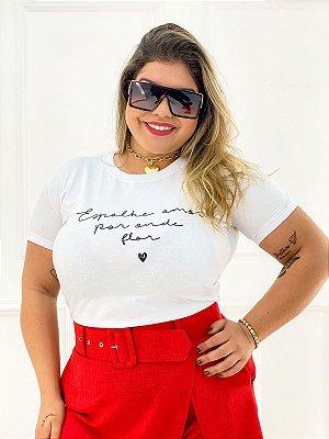 T-Shirt Estampas Espalhe Amor