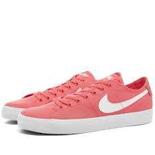 Tênis Nike SB Blazer Court