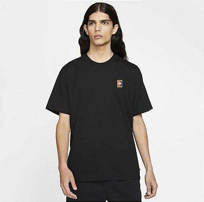 Camiseta Nike SB Tee Header