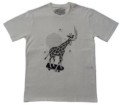 Camiseta - LookDatShit X Black Media - Girafa Off White