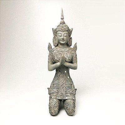 Escultura em Resina Buda Ajoelhado