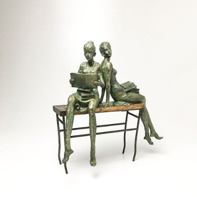 Escultura em Resina Meninas