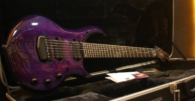 (Semi Novo) Guitarra Music Man John Petrucci Majesty Monarchy 7 Purple Majestic ----- R$ 23.999,00