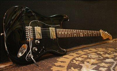 (Semi novo) Guitarra Fender Stratocaster Blacktop Mex Bk HH (2011) ------ R$ 4.999