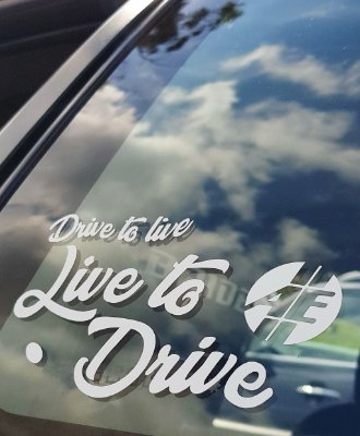 Adesivo Drive to live, Live to Drive (Grande e branco) | AUTOentusiastas