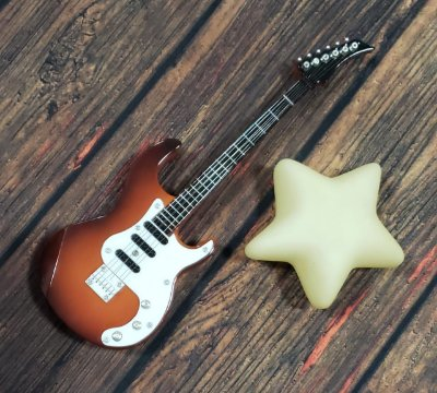 Mini Guitarra