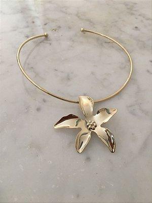 Gargantilha Floral dourado