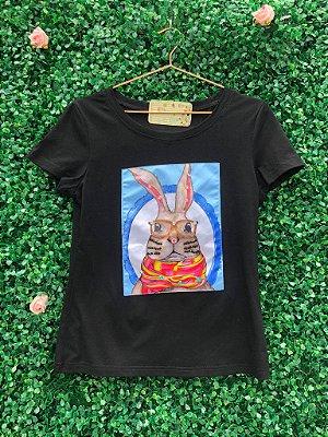 T-Shirt Coelho Preta