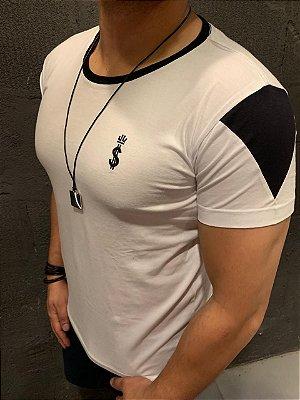 Camiseta Filho Rico Gola O - Com Recorte Branca