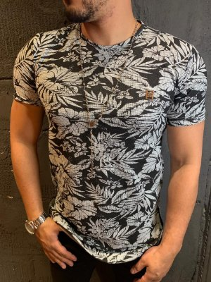 Camiseta Texture Filho Rico Floral - Preto/Cinza