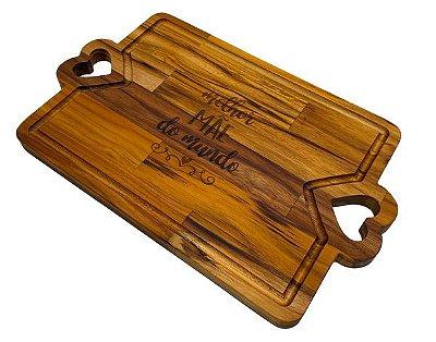 Tábua de Corte em Madeira TECA Especial Dia das Mães Pegador em formato de coração - 33x24x2cm
