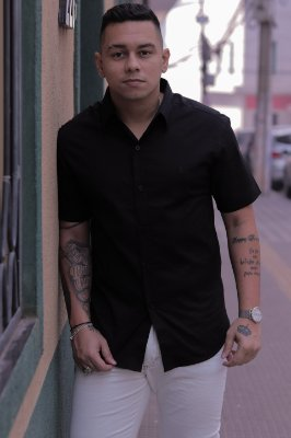 Camisa Slim Manga Curta Preta