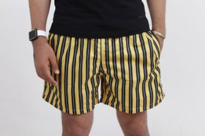 SHORT YELLOW STRIPED
