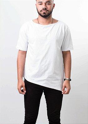 camiseta oversized barra lateral