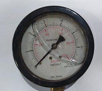Manômetro Reto Cx Aço carbono, internos latão 4'' Escala 0-7 x 100 c/glicerina