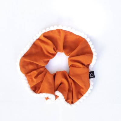 Scrunchie Amarrador De Tecido Com Pompom