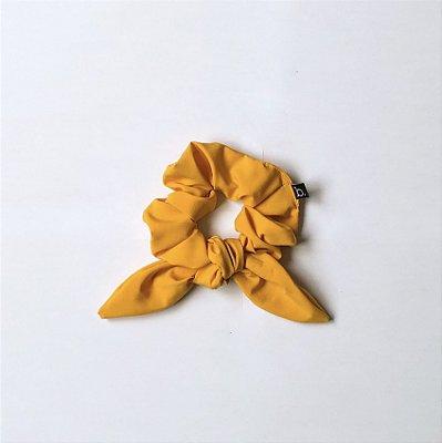 Scrunchie De Cabelo De Tecido Amarelo Com Laço