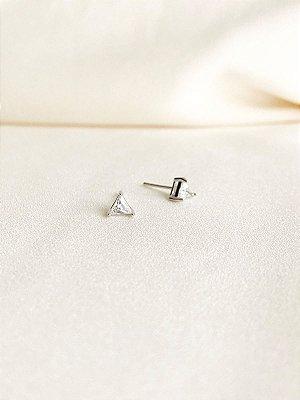 Brinco Triângulo mini em cristal de zircônia folheado a ródio branco