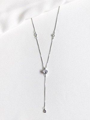 Colar Diamond em gravatinha com cristais banhado a ródio branco