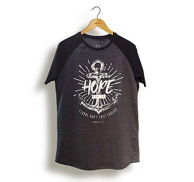 Camiseta Hope Masculina - (estampa branca) Preta